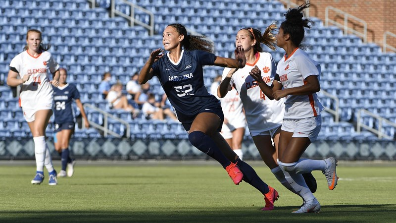 Family Tradition: Izzy Brown Making A Name For Herself