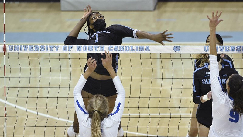 UNC Volleyball Falls To No. 14 Duke