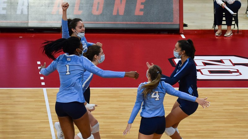 Balanced Offense Lifts UNC Volleyball Over NC State